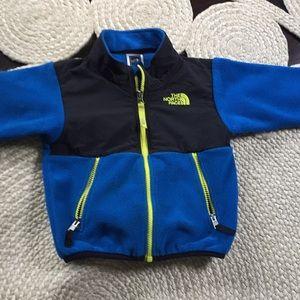 Boys 2t North Face fleece zip up